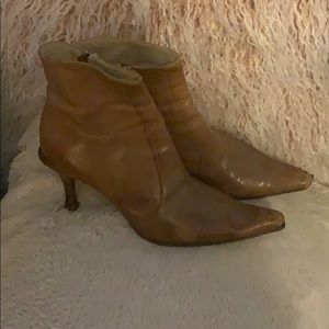 Via Spiga tan booties 7